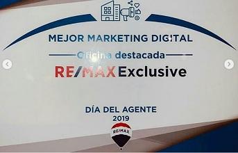 """Reconocimiento al """"Mejor Marketing Digital"""" para nuestro cliente RE/MAX Exclusive por RE/MAX Chile."""